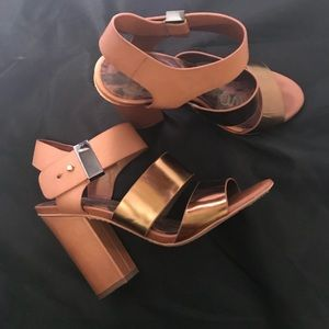 Sam Edelman Beautiful Bronze Block Sandal 71/2 $38